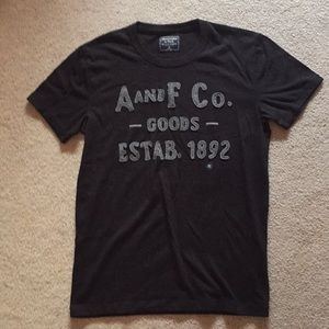 Abercrombie and Fitch men's T-shirt new size XS
